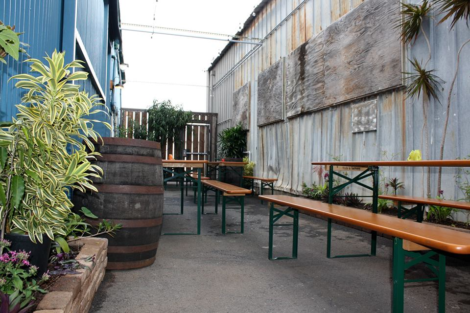 Honolulu Beerworks maintains the old feel of industrial Kakaako.