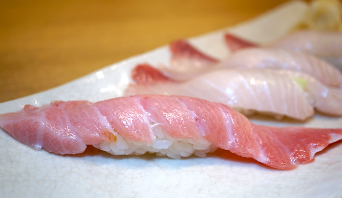 The nigiri Katsumidori Sushi is most famous for, chutoro.