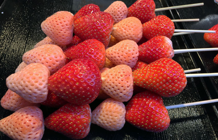Look for the white strawberries — they're unusually sweet. They're around ¥800, but worth the price. Some skewers feature only the white strawberries, while some sport a mix of strawberries, blueberries and grapes.
